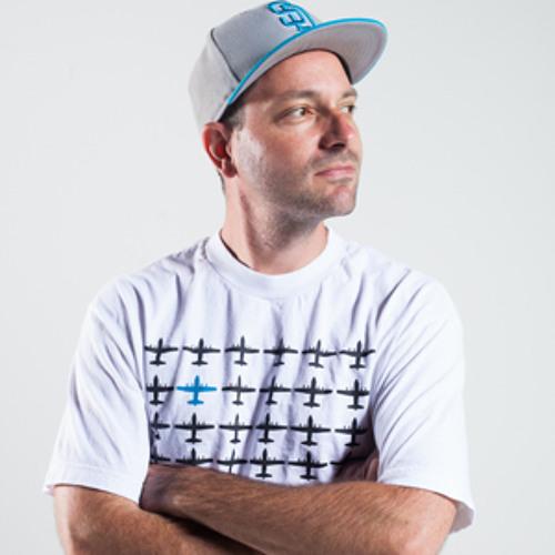 DJMikeCzech's avatar