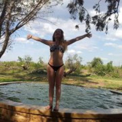 Giselle Gipi Carral's avatar
