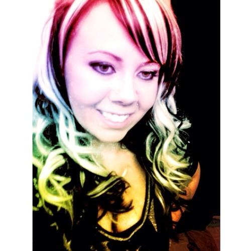 danie renee's avatar