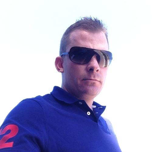 Richie1979's avatar