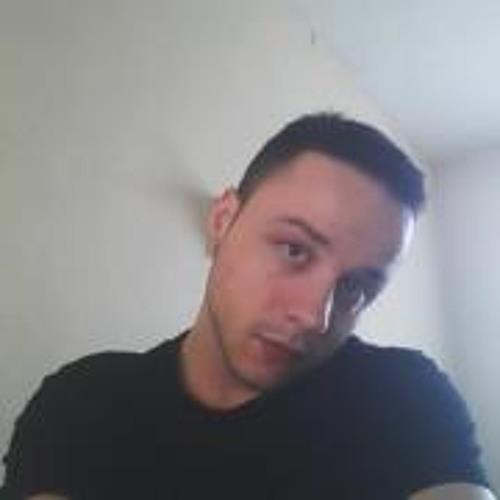 Victor Mazzia's avatar