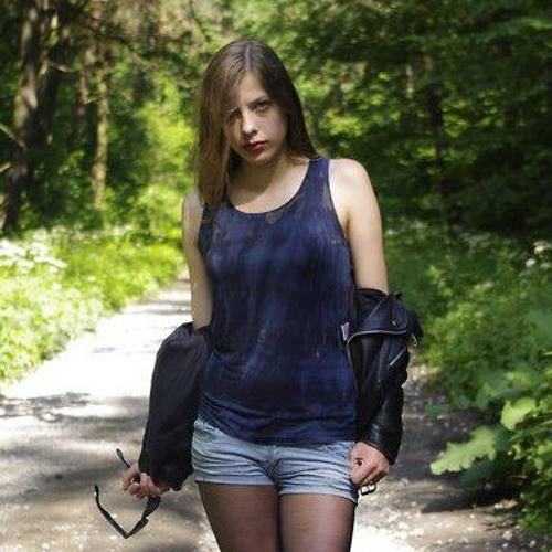 Dominika Tess's avatar