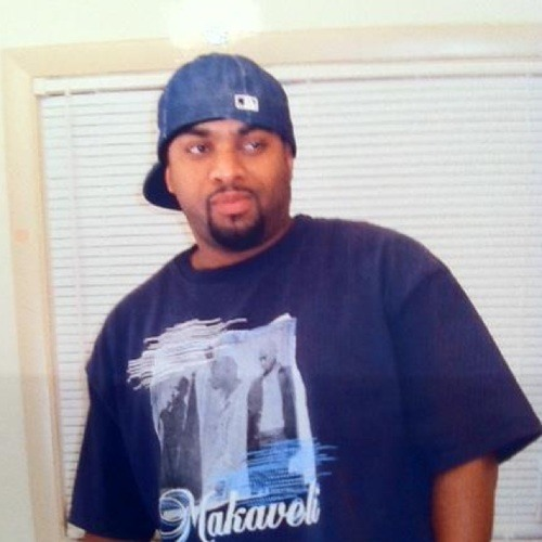 Roy Pires's avatar