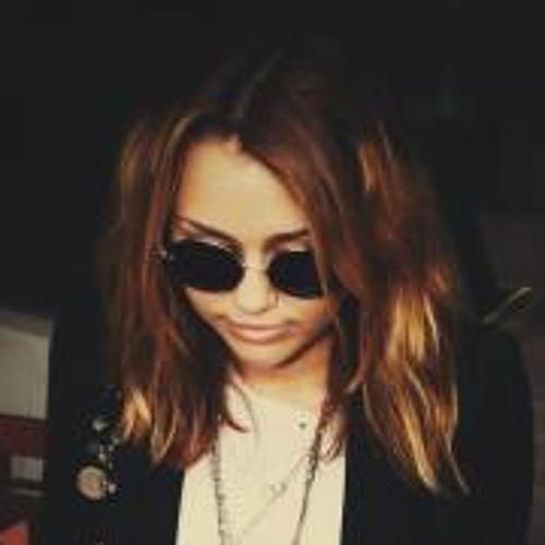 Catalina Edwars Û's avatar