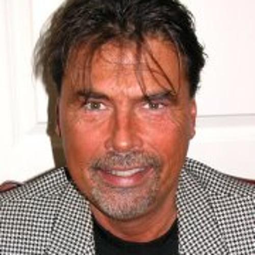 Tom Tonkel's avatar