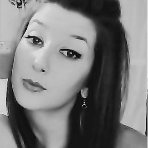 Laura Cordovado's avatar