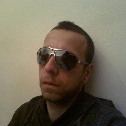 Luis Ferraz's avatar