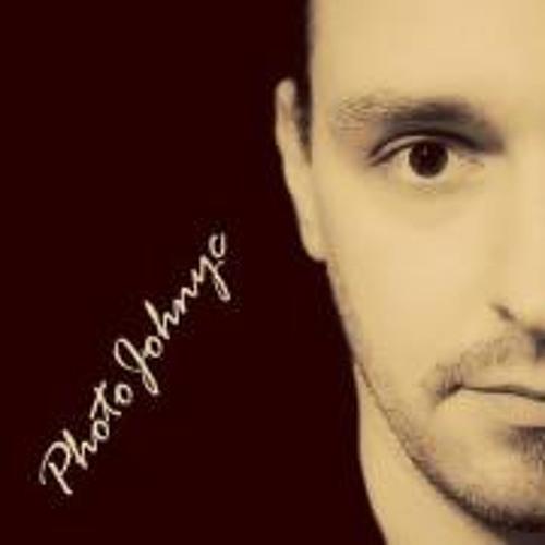 PhotoJohnyc PhotoJohnyc's avatar