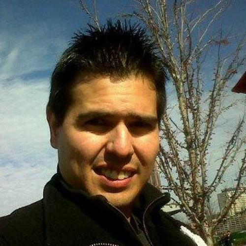 Julian David Fernandez's avatar