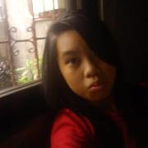 Alyana Loayon's avatar