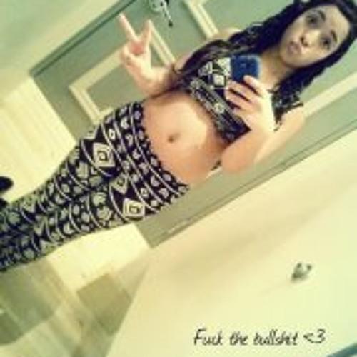 Maria D Gomez <3 ''s avatar