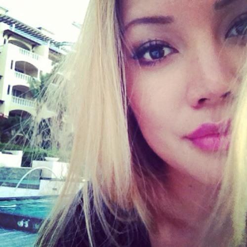 Jen's World! ; *'s avatar
