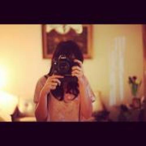 Niken Monica Ramadini's avatar
