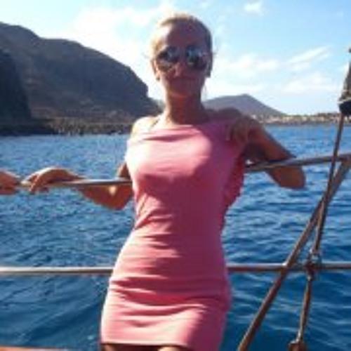 Alina Toma M's avatar