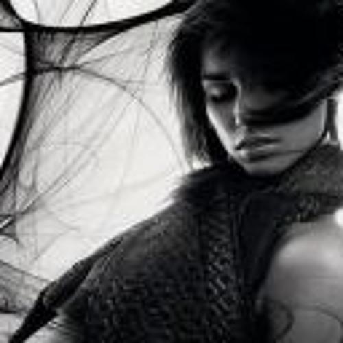 Lilian Mort's avatar