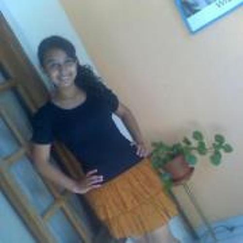 Michelle Giron's avatar