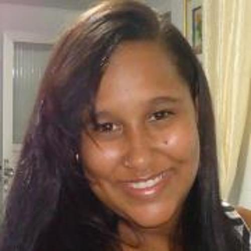 Rebeca Carvalho 3's avatar