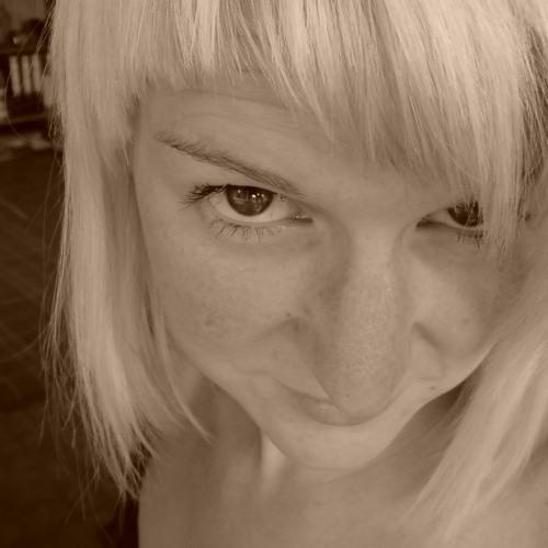 Nadine Aust's avatar