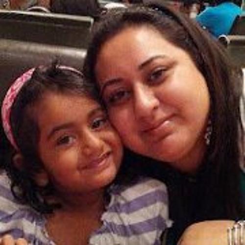 Saira Adnan's avatar