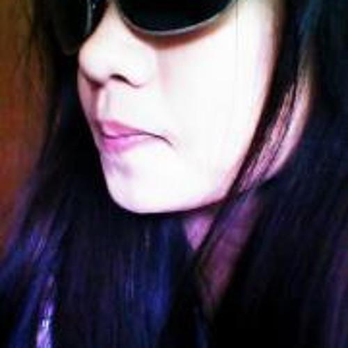 Arienne Dizon's avatar