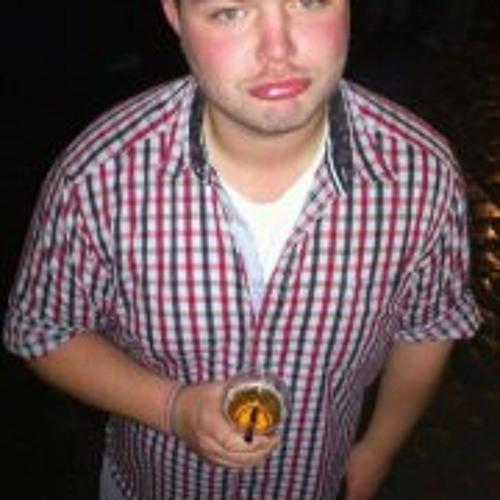 Fabian Tra Eger's avatar