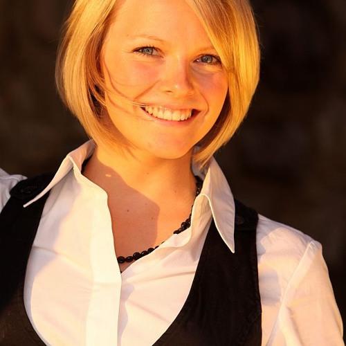 Janina Mueller's avatar