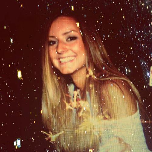 Fiona KM's avatar
