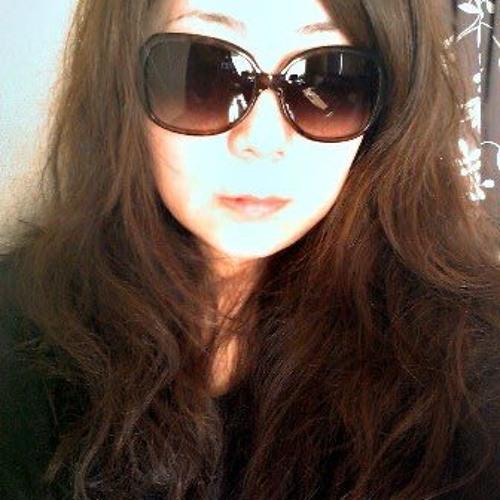 Mayumi K's avatar