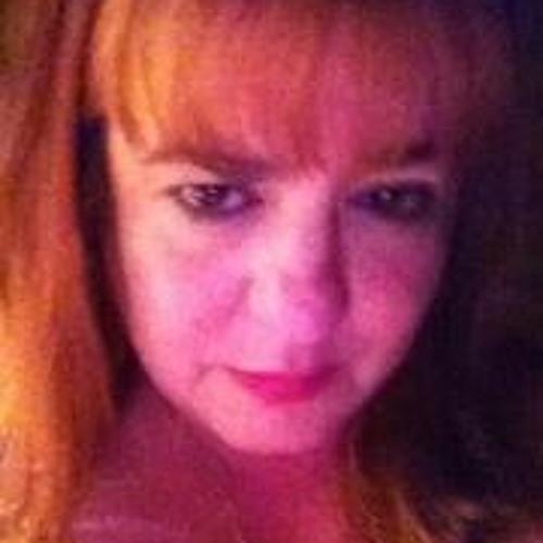 Adria Bruna's avatar