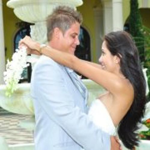Denisse Gutierrez 2's avatar