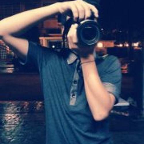 Kah Ming Leang's avatar