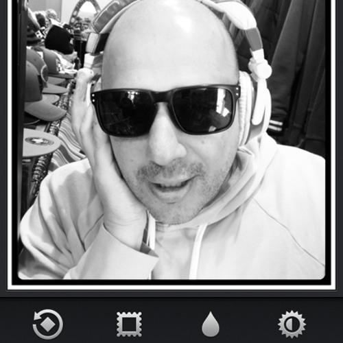 dj the crow's avatar