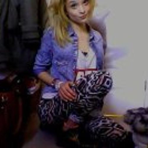 Paige Satchelle's avatar