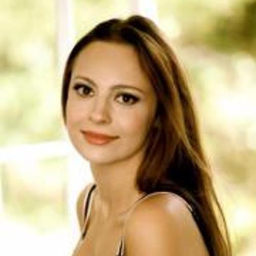 Annika Kapur's avatar