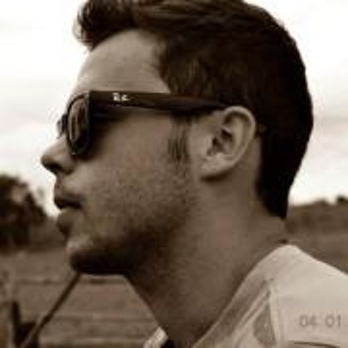 Marlon Deluchi's avatar