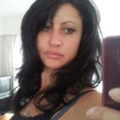 Paula Barnett's avatar