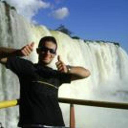 Lucas Oliveira 286's avatar
