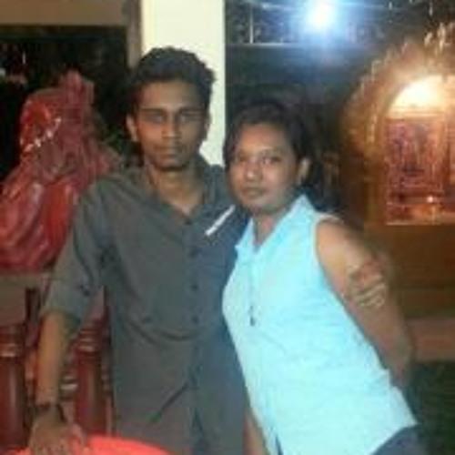 Shalini Ravindran's avatar