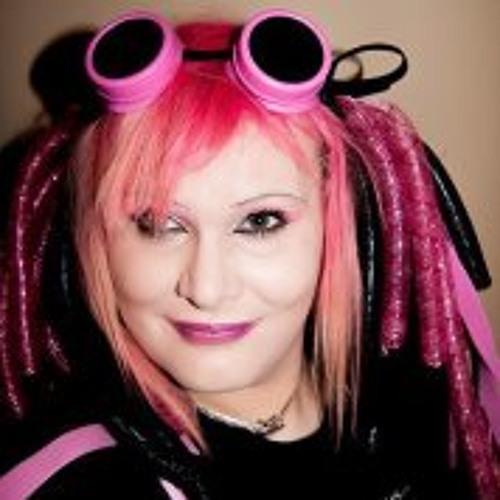 Kitten Takara Summers's avatar