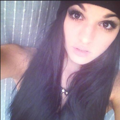Benedek Fanni Flóra's avatar