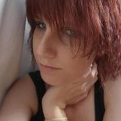 Shannon Elizabeth 5's avatar