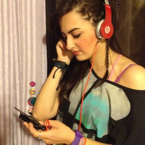 Sara Kshn Bzg's avatar