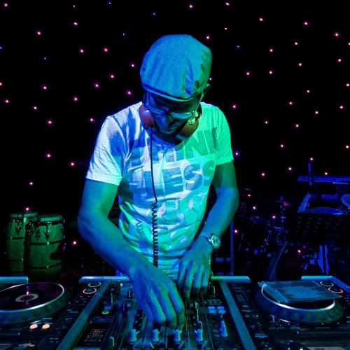 Logicman-deejay's avatar