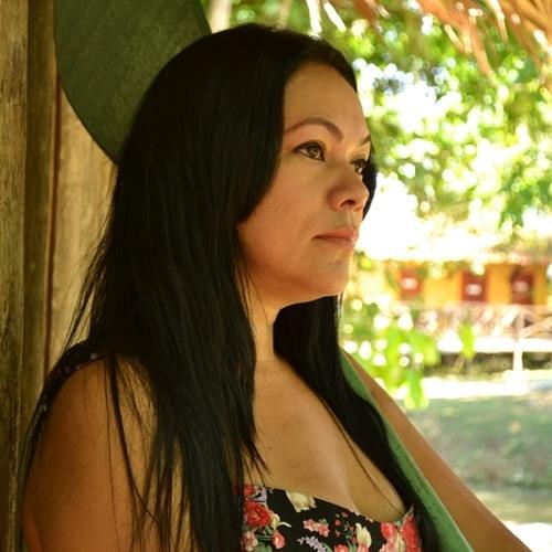 Patrícia Bastos Oficial's avatar