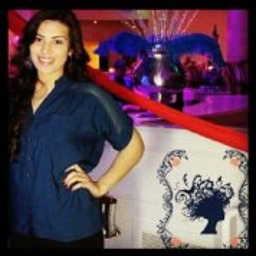 Evelin Garay's avatar
