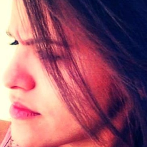 Mariana Satiro's avatar