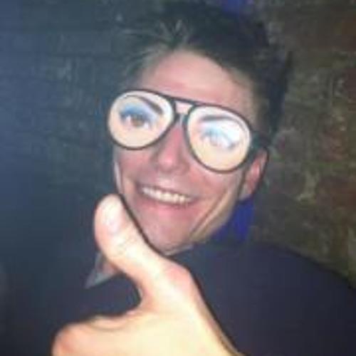 Luke Coles 2's avatar