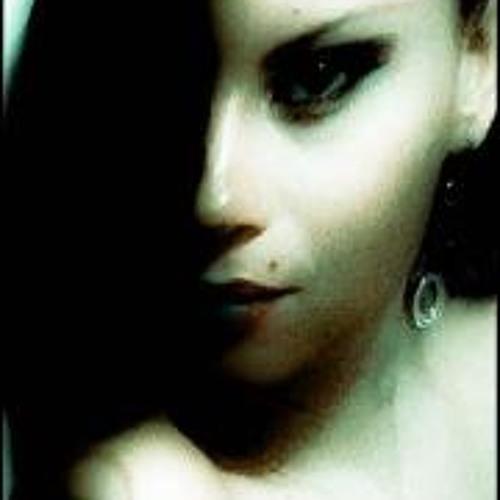 Luciana Tubino's avatar