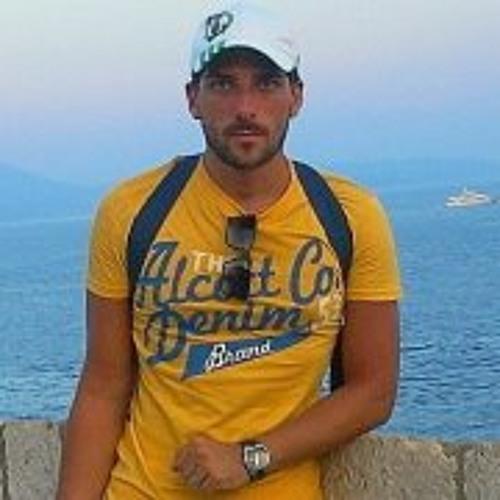 Luca Moraca's avatar