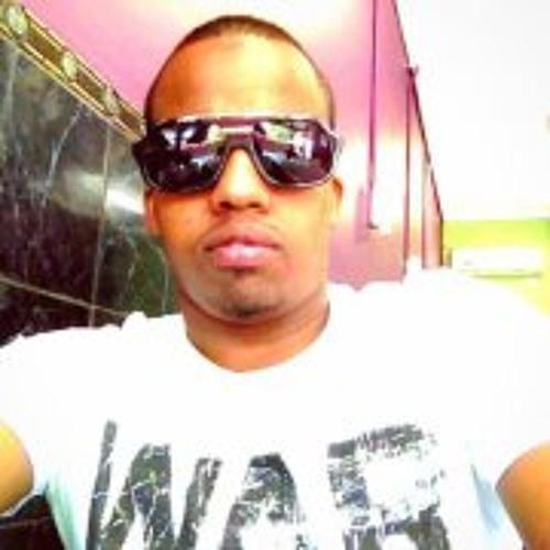 Moe Hashi Dahir's avatar